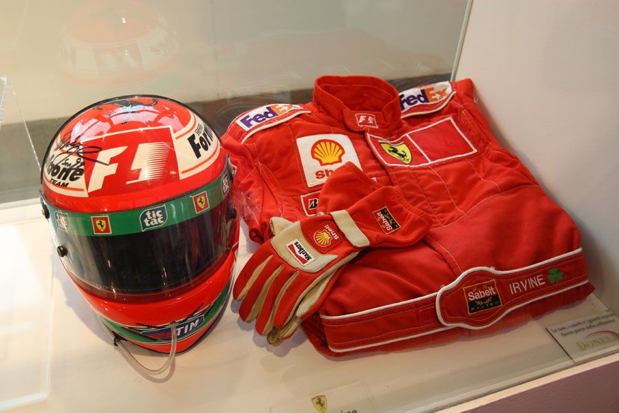 Helmet and overalls of Eddie Irvine