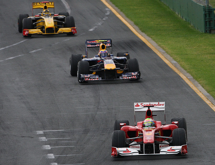 Felipe Massa leads Mark Webber and Robert Kubica