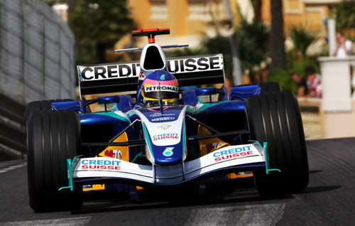 Jacques Villeneuve driving for Sauber at the Monaco Grand Prix