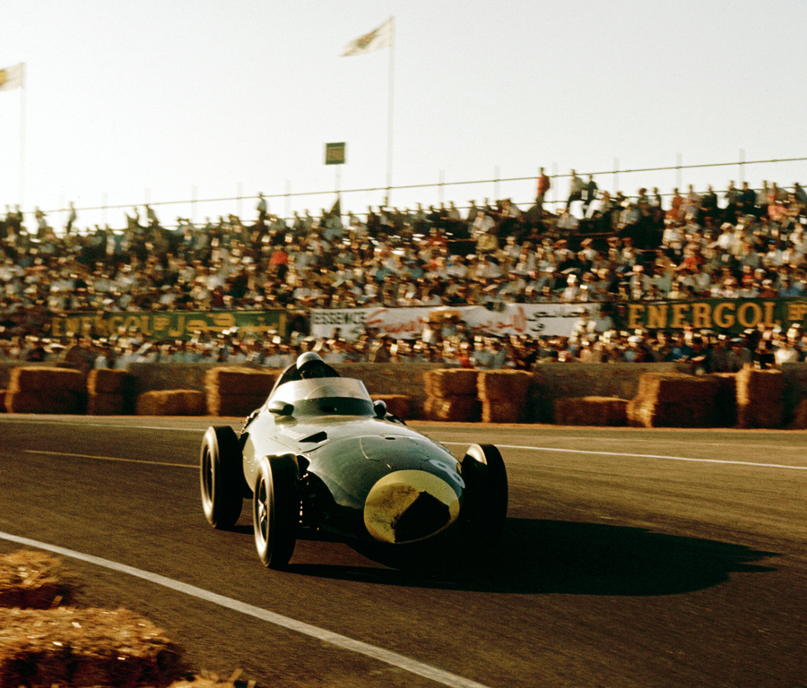 Stirling Moss on his way to victory at the 1958 Morocco Grand Prix