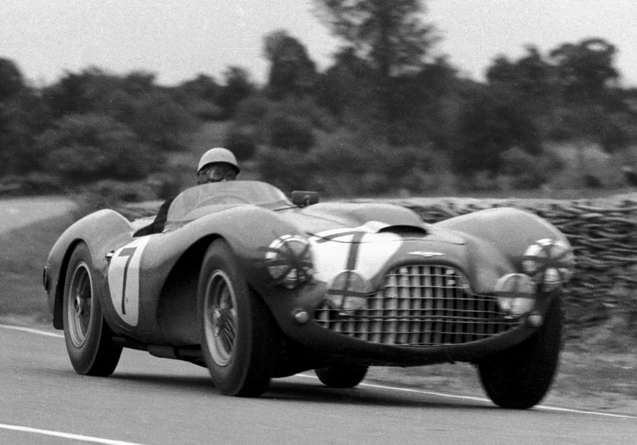 Eric Thompson in an Aston Martin Lagonda at the 1954 Le Mans