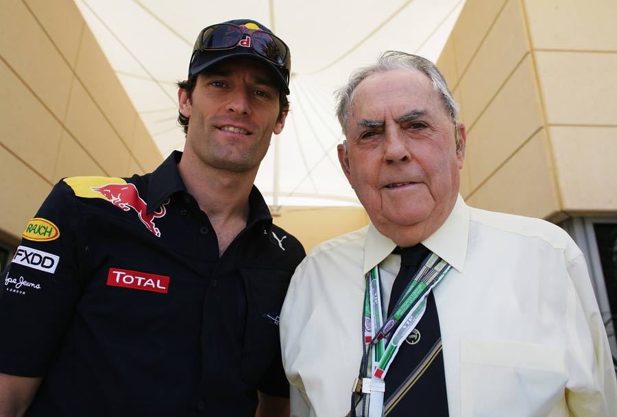 Mark Webber meets three time World Champion Jack Brabham during the Bahrain Grand Prix