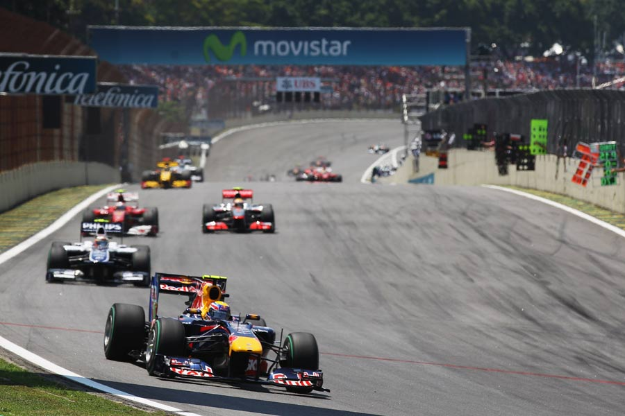 Mark Webber leads Nico Hulkenberg