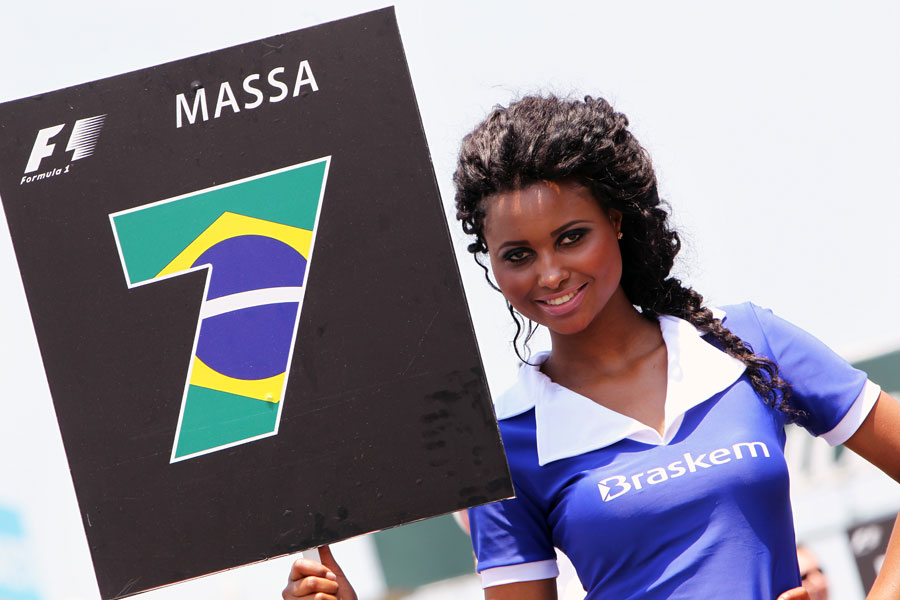Felipe Massa's grid girl