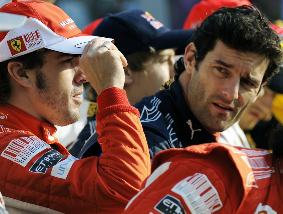 Mark Webber eyes up title rival Ferando Alonso before Sunday's race