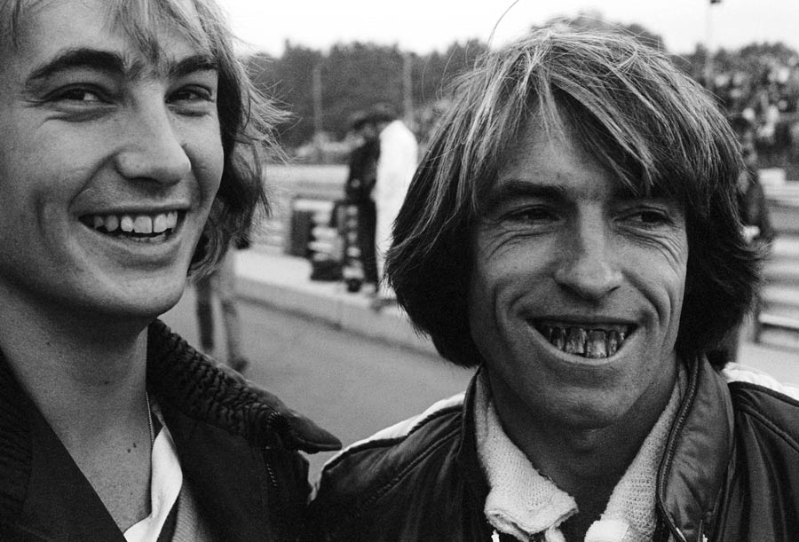 Jacques Laffite wears comedy false teetch at the US Grand Prix