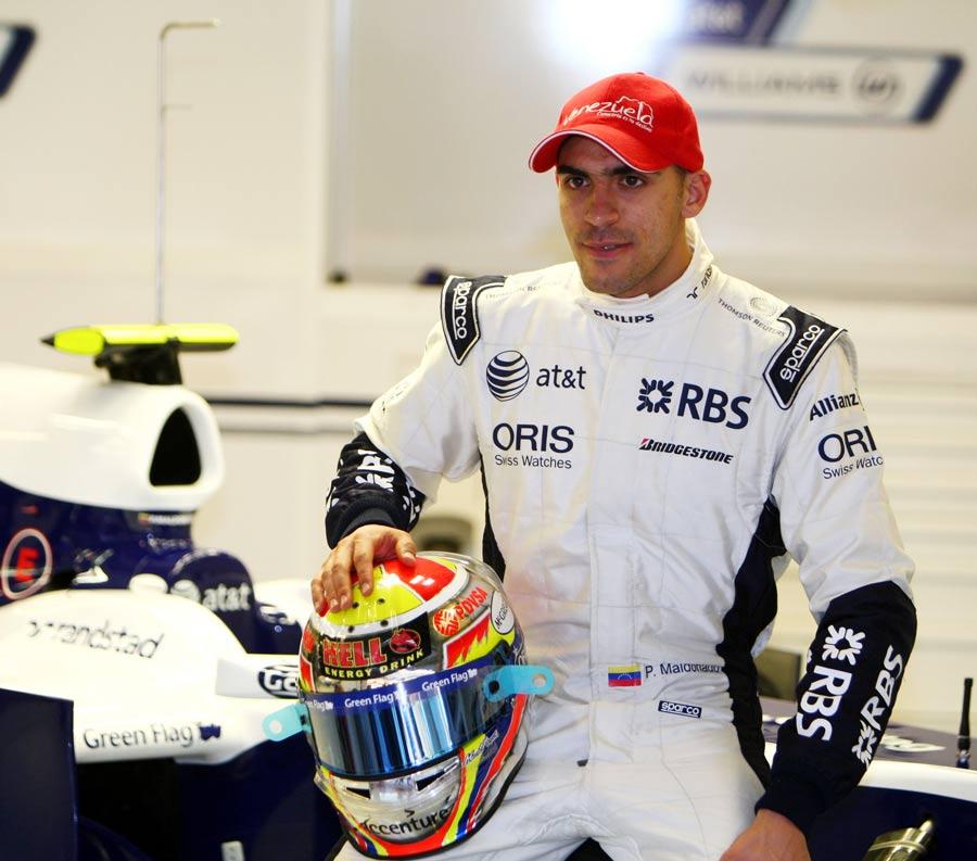 Pastor Maldonado in the Williams pits