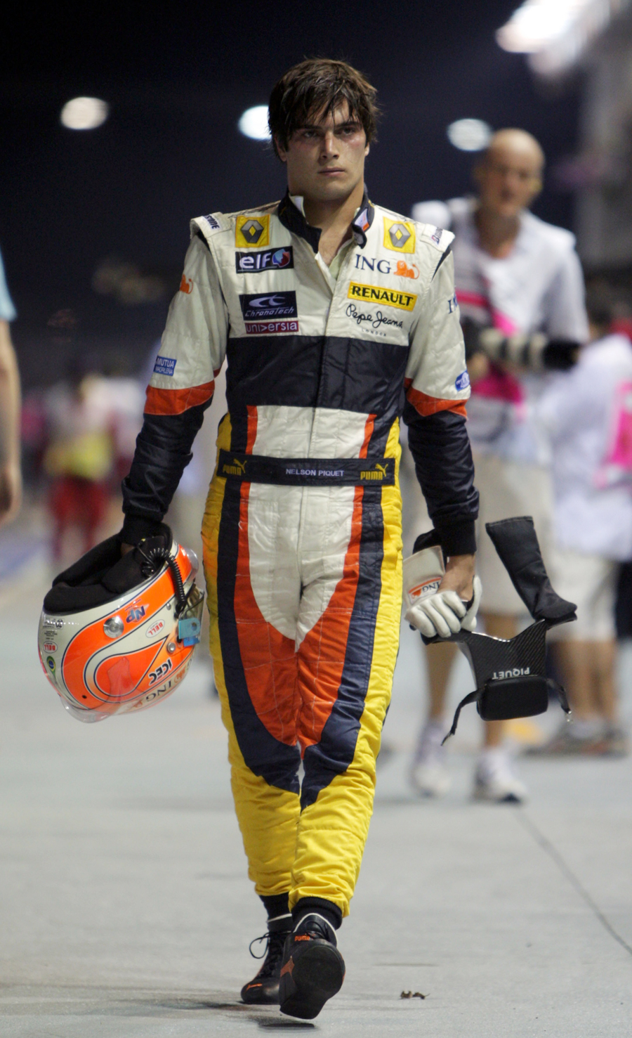 Nelson Piquet Jnr heads back to the pits