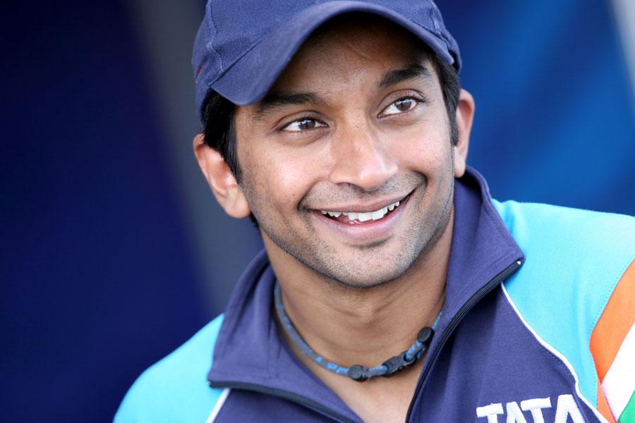 8216 - HRT signs Narain Karthikeyan for 2011