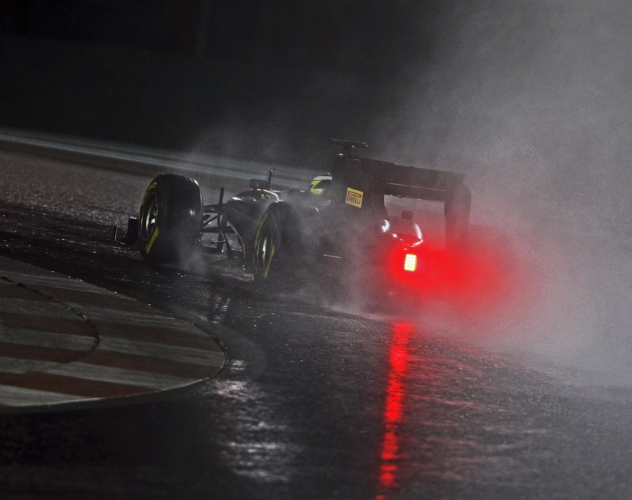 Pedro de la Rosa during his second night of Pirelli wet-weather testing
