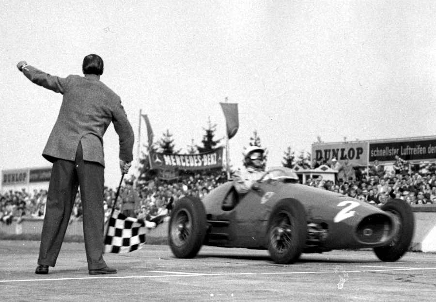 Nino Farina becomes the oldest man to win a grand prix