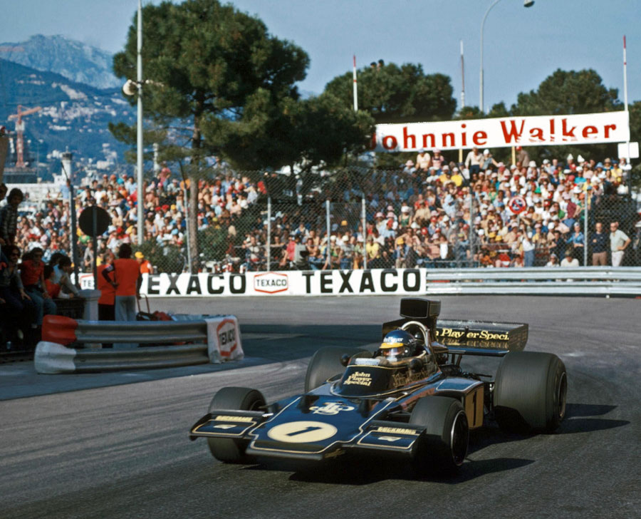Ronnie Peterson rounds La Rascasse on his way to victory
