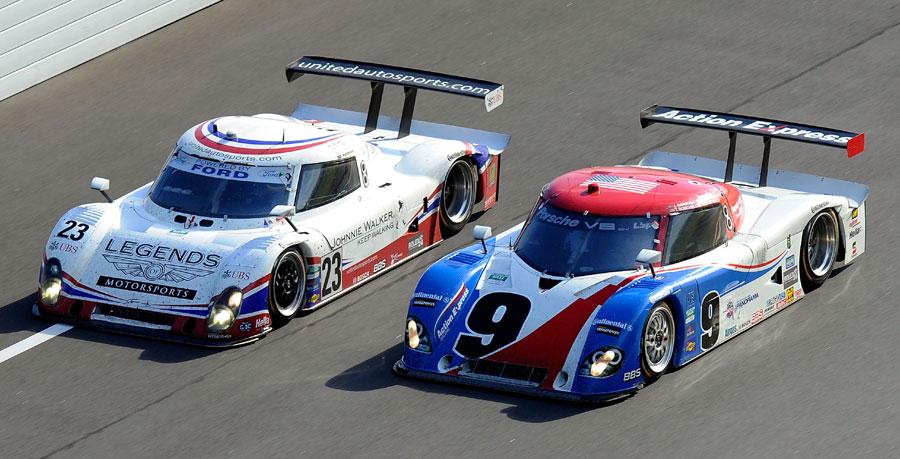 The United Autosports  car (No. 23) overtakes at Daytona