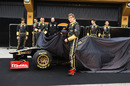 Robert Kubica and Vitaly Petrov take the wraps off the new Lotus Renault R31 in Valencia