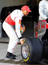 Lewis Hamilton reverts to the old-fashioned way of measuring tyre temperature