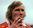 James Hunt settles his nerves before the final grand prix of 1976