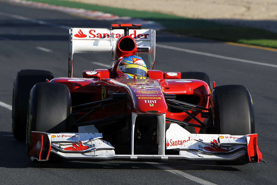 Fernando Alonso on his way to fourth