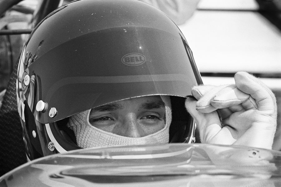 Jacky Ickx prepares for the start of the race, Questor Grand Prix, Ontario Motor Speedway, California, USA, March 28, 1971