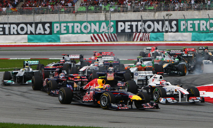 Mark Webber falls loses positions at the start