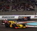 Vitaly Petrov holds off Fernando Alonso and Mark Webber, Abu Dhabi Grand Prix, Yas Marina, November 14, 2010