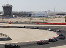 Cars stay in single file during the first lap, Bahrain Grand Prix, Bahrain International Circuit, Bahrain, March 14, 2010