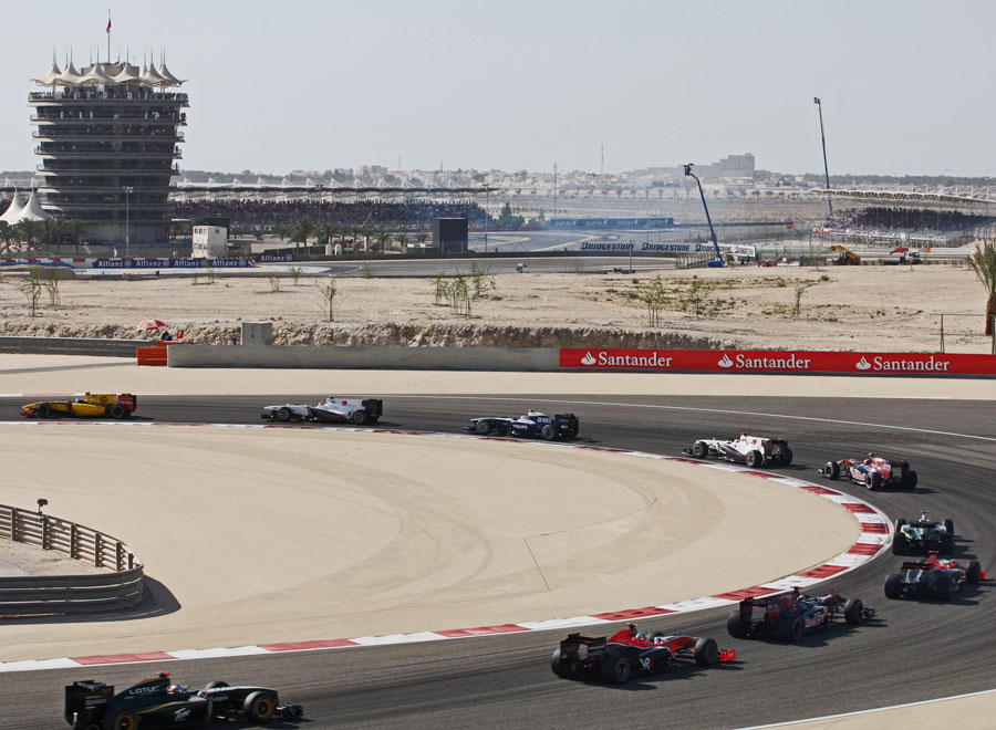 Cars stay in single file during the first lap