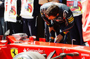 Mark Webber takes a closer look at Fernando Alonso's Ferrari